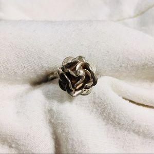 Rose silver ring